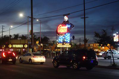 Circus Liquor Neon