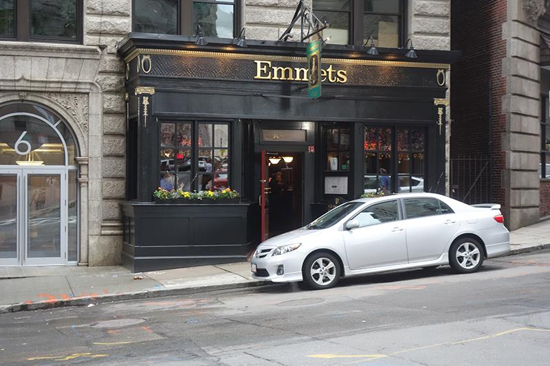 Emmet's Irish Pub and Restaurant