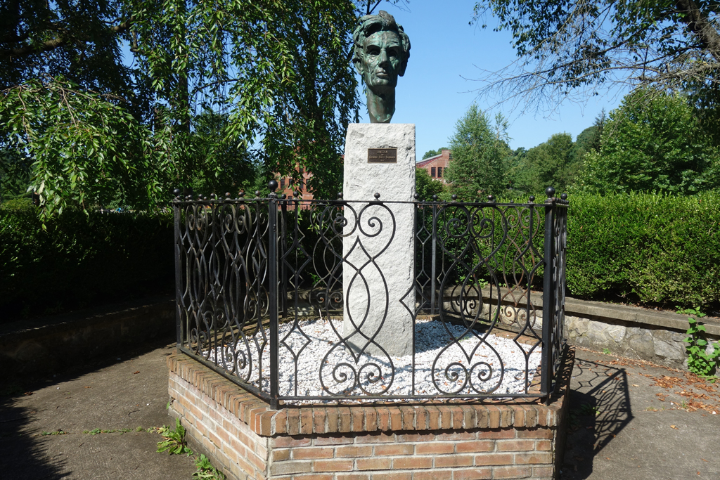George Grey Barnard Sculpture Garden